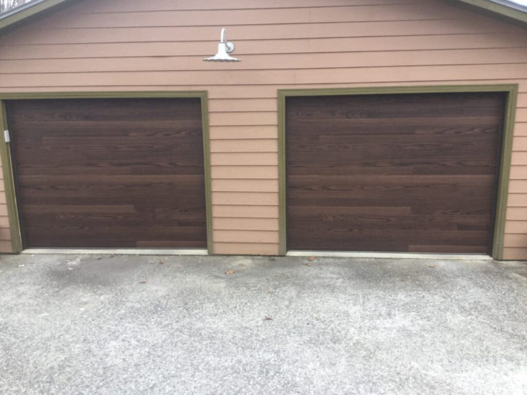 CHI-Wood-Plank-Garage-Doors